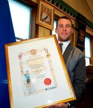 Mark Cavendish receives the Honorary Freedom of the Borough
